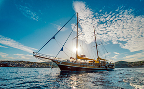 Luxury private and 5 star cabin charter Turkey