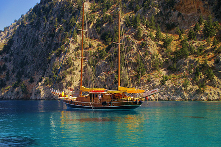 Best luxury yacht hire Bodrum Turkey