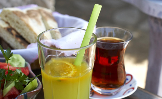 Tea, coffee and fresh juice are served with breakfast