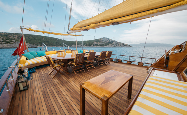 Luxury yacht cabin charter Turkish coast & Greek Islands