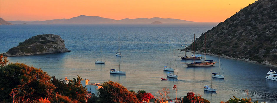 Luxury crewed Aegean and Mediterranean sailing vacations